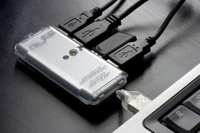 3 دلیل برای اینکه شما به هاب USB نیاز دارید یا ندارید